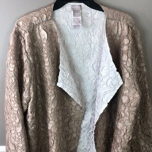 Chicos light weight Open front reversible-jacket